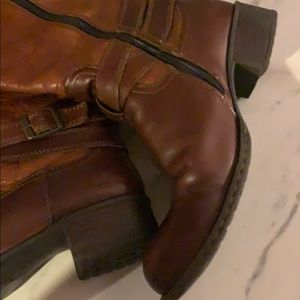 Born Shoes - B.O.C. | Brown Leather Boots | 7